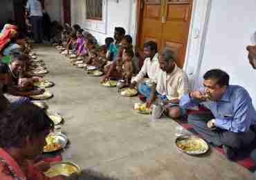 Hunger Relief Camps In Maharashtra